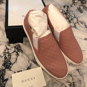 Gucci Signature Guccisma Slip On Pink Sneakers 💕